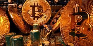 Wachsende Bitcoin-Akzeptanz schadet dem Goldmarkt, der Goldpreis wird weiter schwächen, sagt JPMorgan